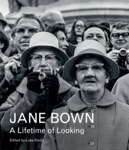 jane-bown-a-lifetime-of-looking-guardian-faber-books (1)
